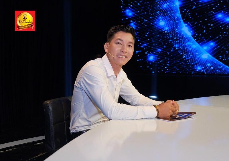 Cao Trung Tấn Á hậu Thu Hương hào hứng chia sẻ kiến thức kinh doanh cho giới trẻ