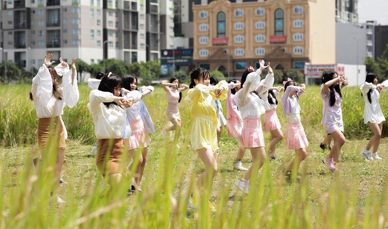MV Ngày đầu tiên 3 Nhóm nhạc SGO48 chính thức tung MV Ngày đầu tiên