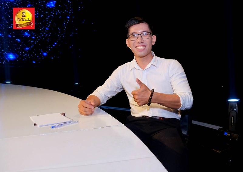 Phạm Chí Mỹ  Á hậu Thu Hương hào hứng chia sẻ kiến thức kinh doanh cho giới trẻ