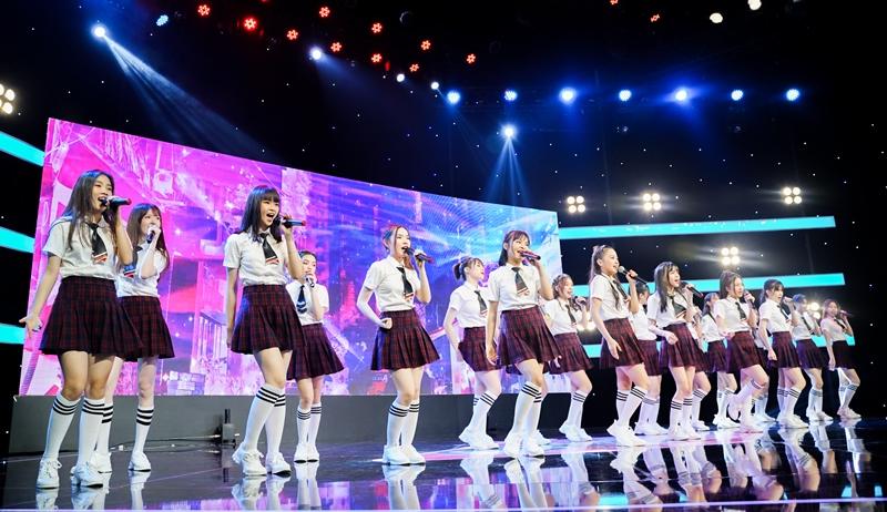 SGO48 4 Nhóm nhạc SGO48 chính thức tung MV Ngày đầu tiên
