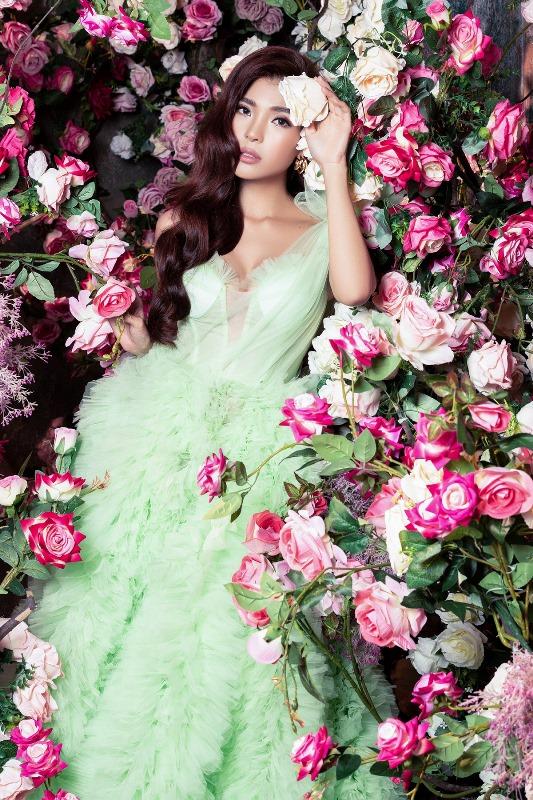 Thuy Diem16 Bà xã Lương Thế Thành khoe thân hình cực phẩm, quyến rũ trong bộ ảnh chuẩn hoa hậu