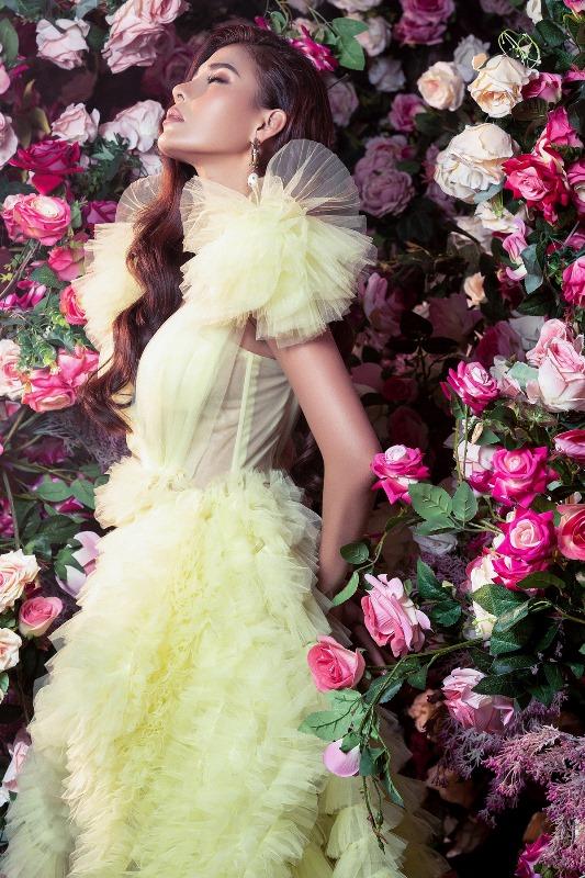 Thuy Diem19 Bà xã Lương Thế Thành khoe thân hình cực phẩm, quyến rũ trong bộ ảnh chuẩn hoa hậu