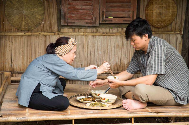 ho viet trung 2 Rơi nước mắt với MV mới đầy cảm xúc của Hồ Việt Trung kể về mẹ