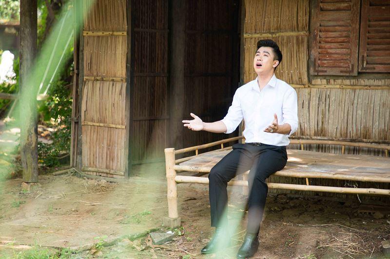 ho viet trung 5 Rơi nước mắt với MV mới đầy cảm xúc của Hồ Việt Trung kể về mẹ