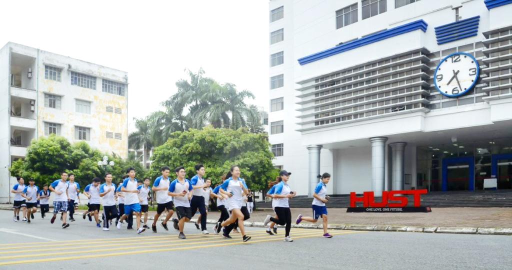 4. Sinh viên ĐHBK HN UpRace 2020 khép lại với 115.000 người tham gia, đạt 3 triệu Km, đóng góp hơn 3 tỷ đồng