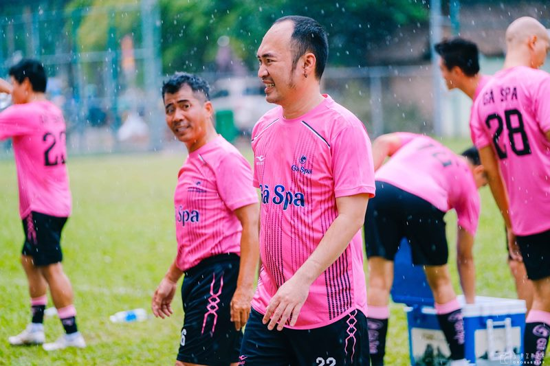 Tiến Linh cùng dàn sao Việt đá bóng quyên góp 550 triệu đồng cho miền Trung 2 Tiến Linh, Đông Triều cùng dàn sao Việt đá bóng quyên góp 550 triệu đồng cho miền Trung