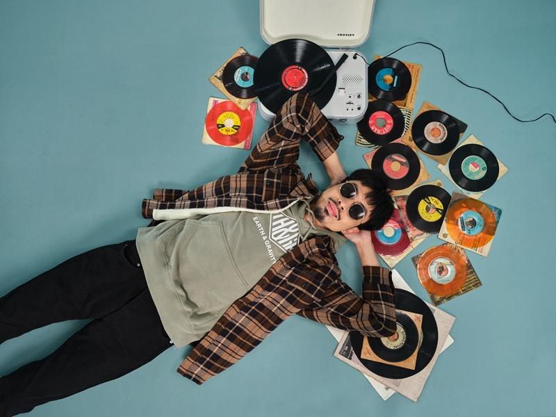 den vau 3 H&M hợp tác với rapper Đen ra mắt bộ sưu tập mang tên #SELECTEDbyĐEN