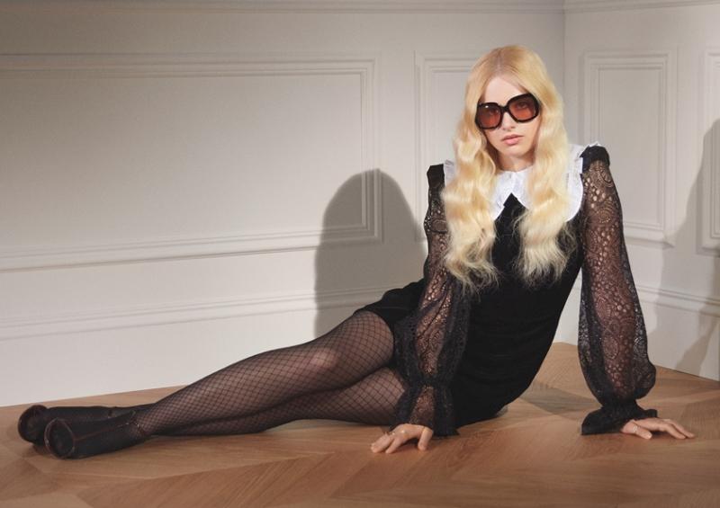 sRGB Illona 7  H&M hợp tác với The Vampire's Wife: Một bộ sưu tập quyến rũ, huyền bí và mạnh mẽ