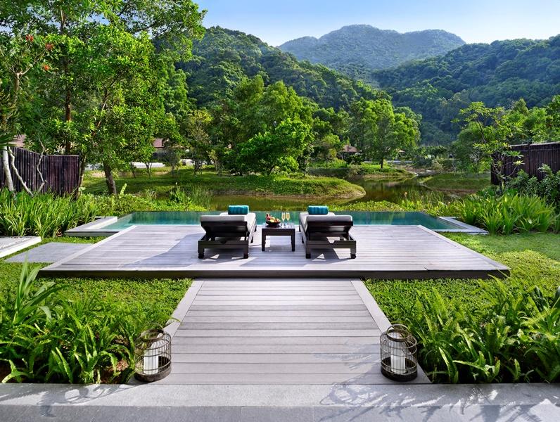 Banyan Tree Lăng Cô Lagoon Pool Villa 2 Banyan Tree Lăng Cô nhận được giải thưởng Golf Resort Hạng Sang Tốt Nhất Châu Á