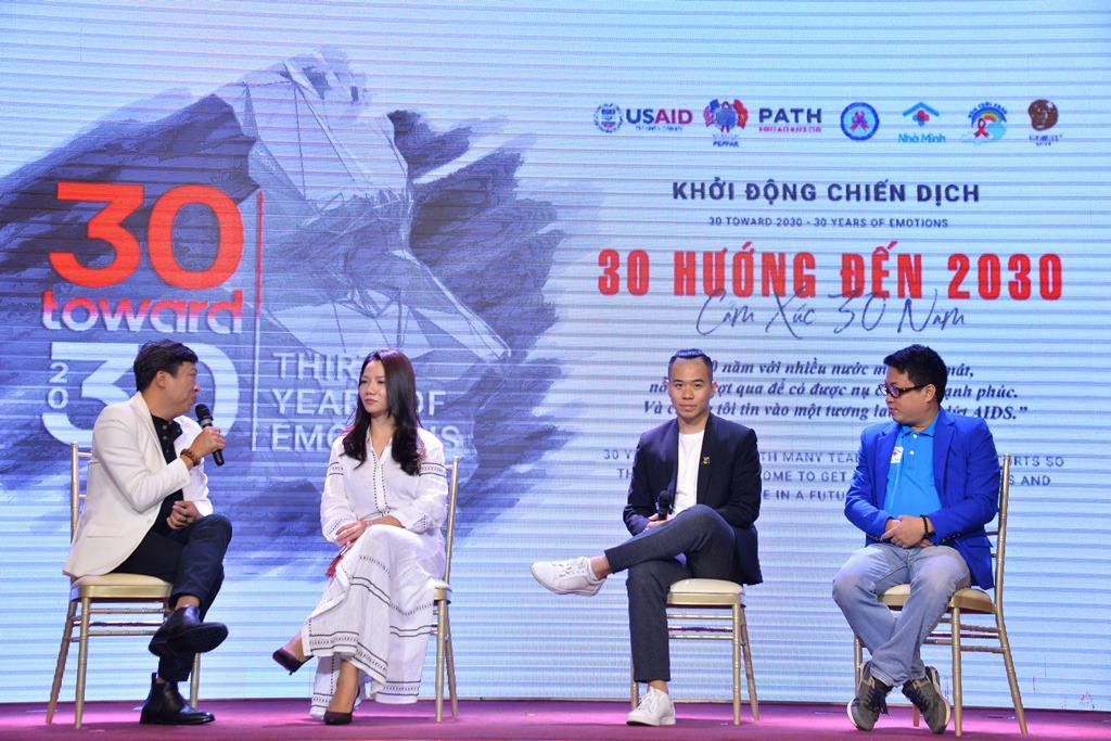 cam xuc 30 nam 4 Đông đảo nghệ sĩ Việt hưởng ứng chiến dịch chấm dứt AIDS tại Việt Nam vào năm 2030