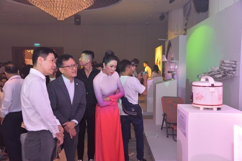"""phòng chống HIVAIDS 10 Đông đảo nghệ sĩ đồng hành cùng đêm hội ngộ """"Cảm xúc 30 năm"""""""