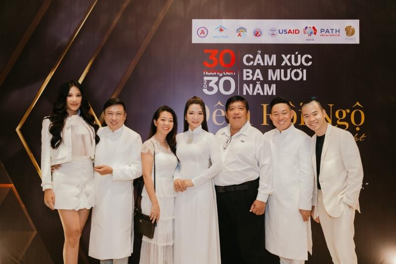 """phòng chống HIVAIDS 7 Đông đảo nghệ sĩ đồng hành cùng đêm hội ngộ """"Cảm xúc 30 năm"""""""