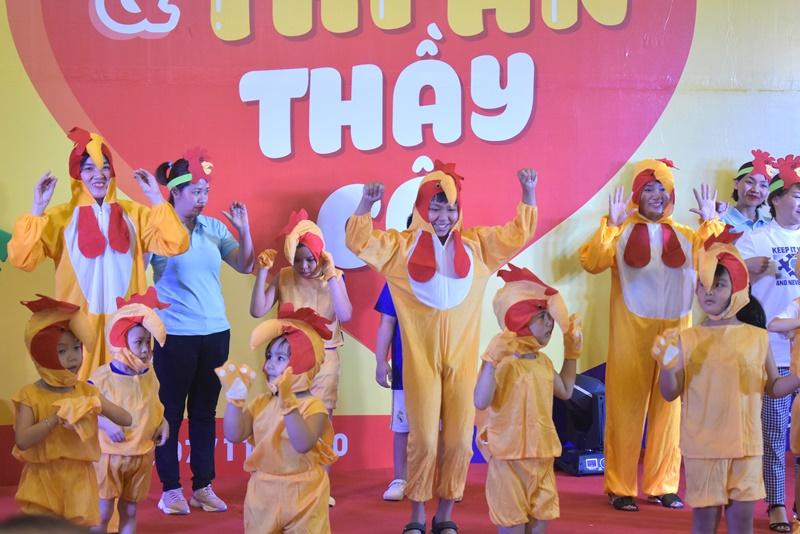 tre tu ky 5 Hơn 350 trẻ tự kỷ hào hứng tham gia hội thao mừng ngày nhà giáo