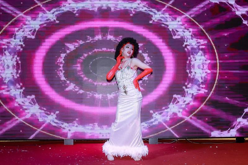 Đêm Gala Ladies Night 6 Stars In The Night 2 Hơn 400 bạn trẻ thuộc cộng đồng LGBT hưởng ứng chương trình xoá bỏ kì thị với người nhiễm HIV