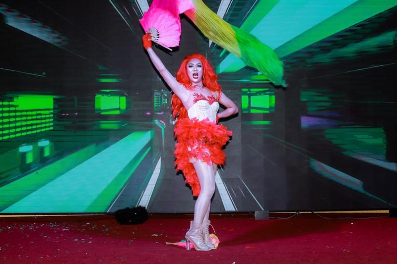 Đêm Gala Ladies Night 6 Stars In The Night 3 Hơn 400 bạn trẻ thuộc cộng đồng LGBT hưởng ứng chương trình xoá bỏ kì thị với người nhiễm HIV