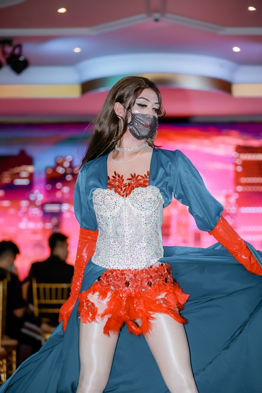 Đêm Gala Ladies Night 6 Stars In The Night 4 Hơn 400 bạn trẻ thuộc cộng đồng LGBT hưởng ứng chương trình xoá bỏ kì thị với người nhiễm HIV