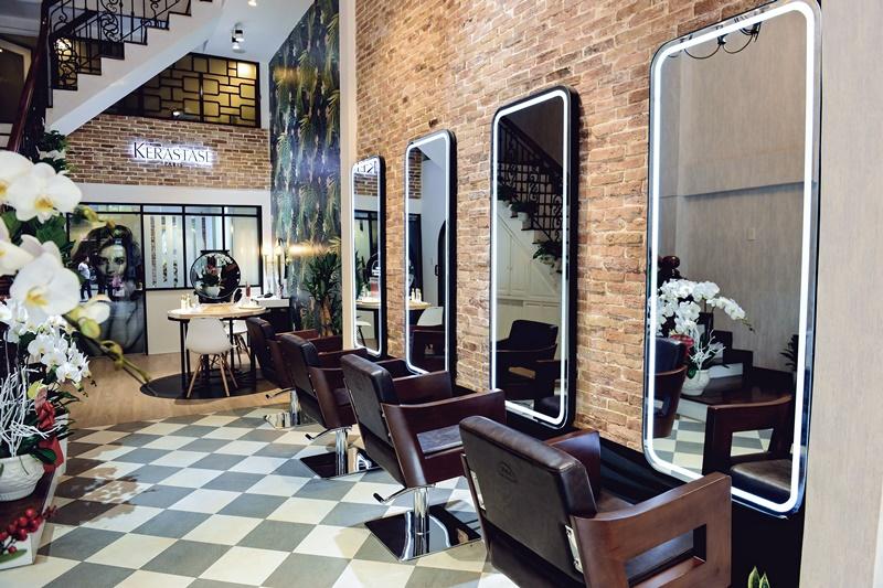 Dịch vụ chẩn đoán da đầu và tóc miễn phí hệ thống salon Kérastase chăm sóc tóc 2 Quà tặng mùa giáng sinh cho mái tóc của bạn và những người yêu thương
