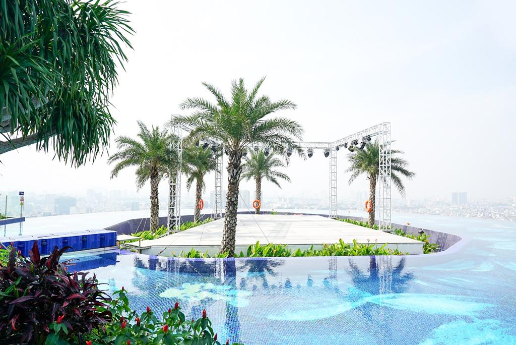 nha banh gung ky luc 3 Khách sạn La Vela Saigon phá kỷ lục với Nhà Bánh Gừng lớn nhất Việt Nam