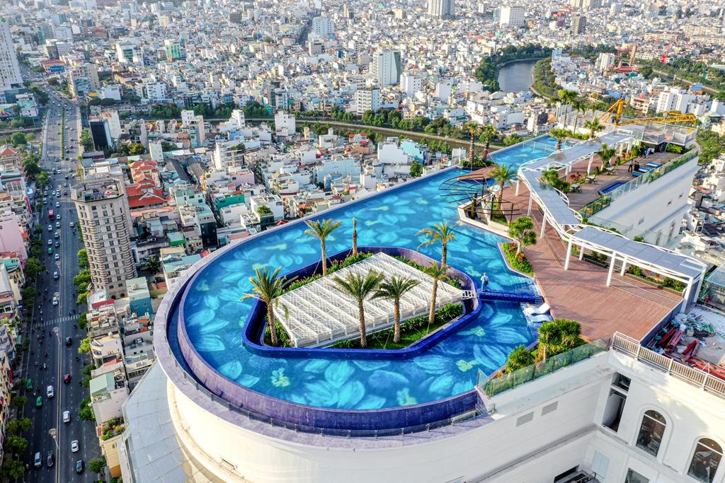 nha banh gung ky luc 8 Khách sạn La Vela Saigon phá kỷ lục với Nhà Bánh Gừng lớn nhất Việt Nam