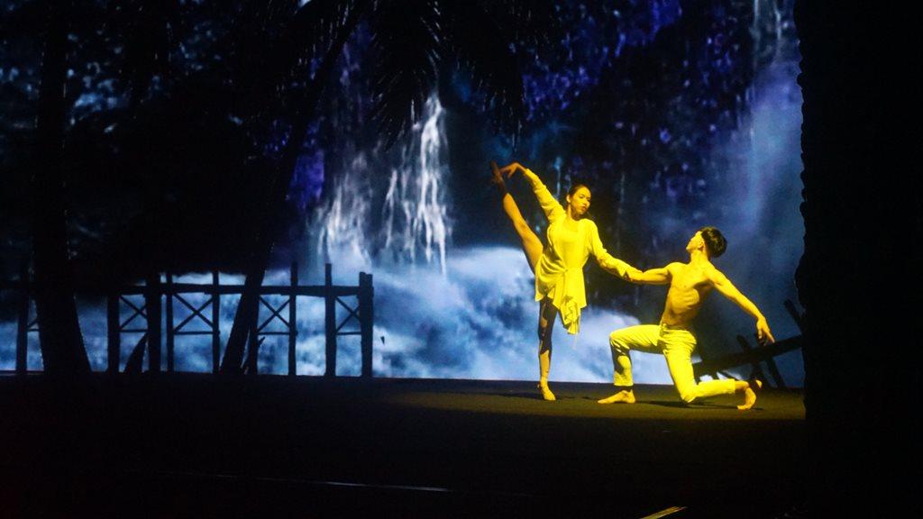 the gioi nuoc 10 Thế giới nước   Show diễn khiến người xem mãn nhãn với hiệu ứng hình ảnh 3D trên sân khấu