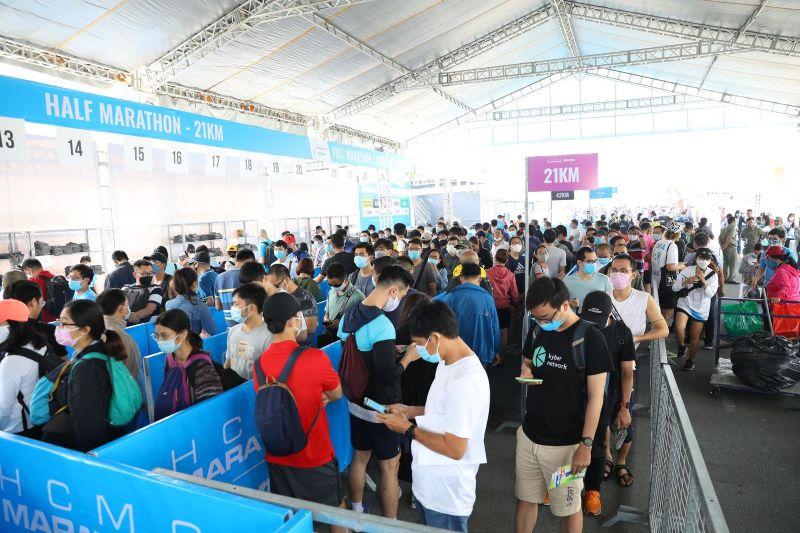 8Idi OHA Salonpas HCMC Marathon khai mạc, hứa hẹn nhiều kỷ lục mới được xác lập