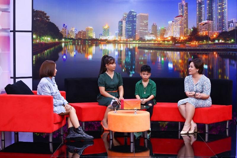 """BE NGOC KHANG TRONG DCMN 30 Cậu bé 10 tuổi rơi nước mắt, thổ lộ """"tôn trọng quyết định ly thân của ba mẹ"""""""