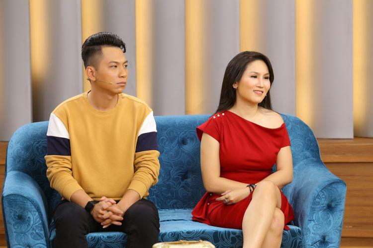 Mảnh ghép hoàn hảo Tiểu Phương 2 Ốc Thanh Vân tá hỏa với kiểu đăng Facebook để triệu tập chồng về nhà của diễn viên Tiểu Phương