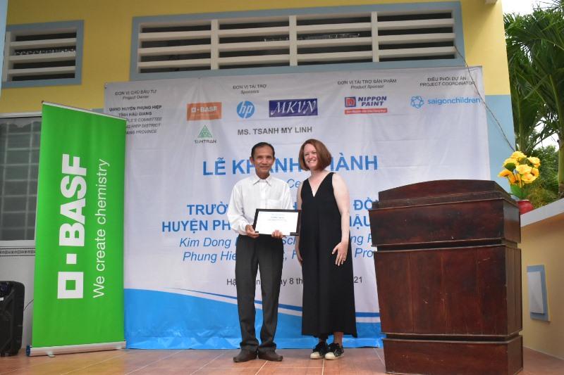 Saigon Children's Charity 1 Saigon Children's Charity khánh thành thêm một ngôi trường mới tại Hậu Giang