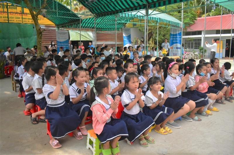 Saigon Children's Charity 3 Saigon Children's Charity khánh thành thêm một ngôi trường mới tại Hậu Giang