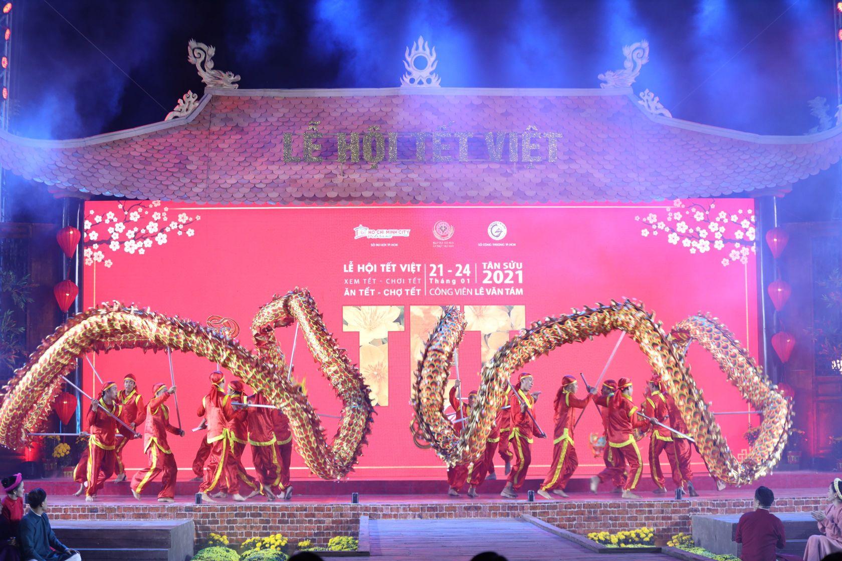 le hoi tet viet 3 Lễ hội Tết Việt 2021 chính thức khai mạc với nhiều hoạt động thú vị