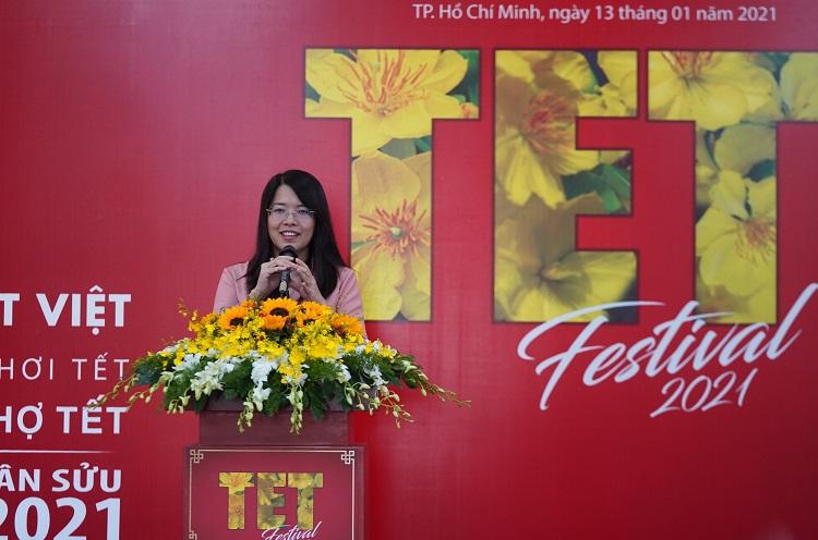 le hoi tet viet Lễ hội Tết Việt 2021: Xem Tết, Ăn Tết, Chơi Tết và Chợ Tết
