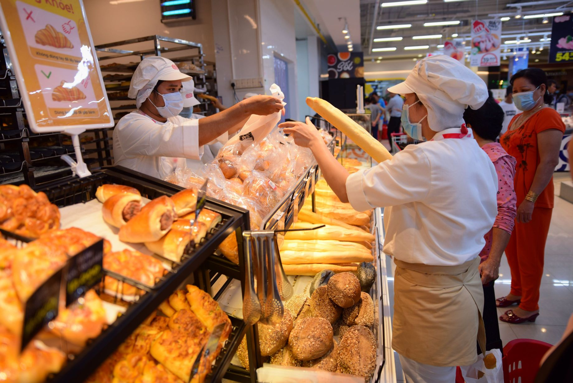 Đại siêu thị Big C 4 Đại siêu thị Big C đổi tên thành Đại siêu thị GO!: Khách hàng được mua sắm trong không gian hiện đại