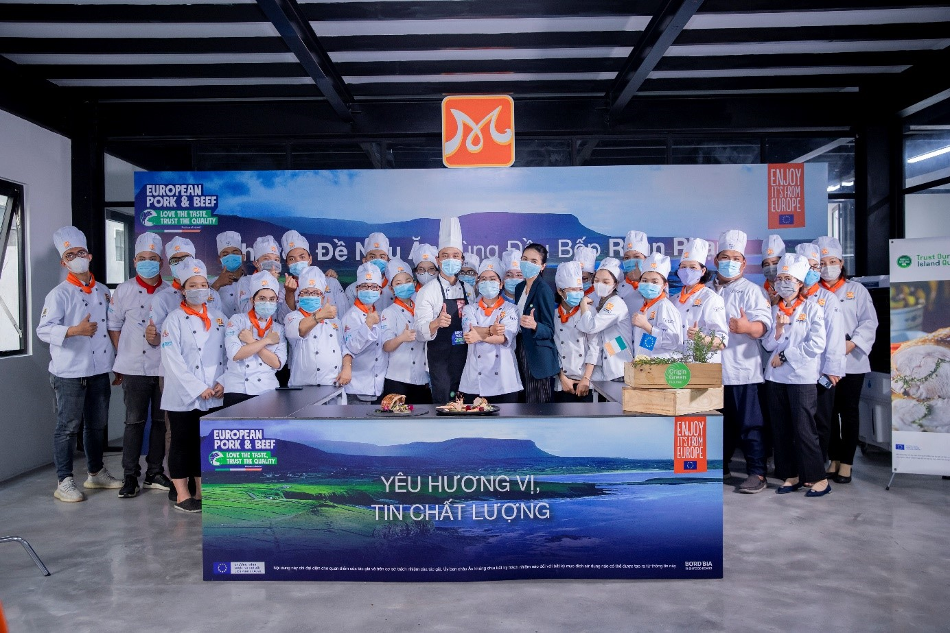 Bord Bia Bord Bia tổ chức lớp học Chuyên đề nấu ăn thịt heo Châu Âu