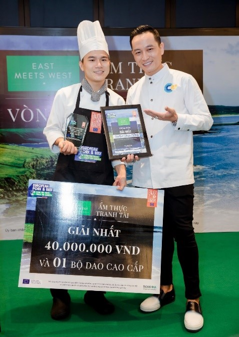 East Meets West Chef Phạm Long Cường giành quán quân cuộc thi Ẩm thực tranh tài East Meets West