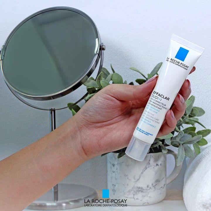 Sản phẩm Effaclar Duo có chứa cả 3 thành phần niacinamide LHA hay Aqua posae prebiotic 2 1 Đi tìm bí quyết chăm sóc da mụn cùng chuyên gia da liễu