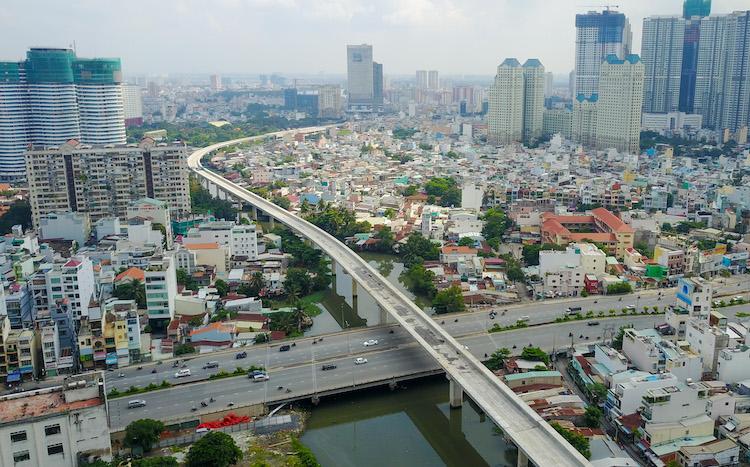 bds Không sắm được thêm nhà ở nước ngoài, giới siêu giàu đổ ngược vào BĐS Việt Nam