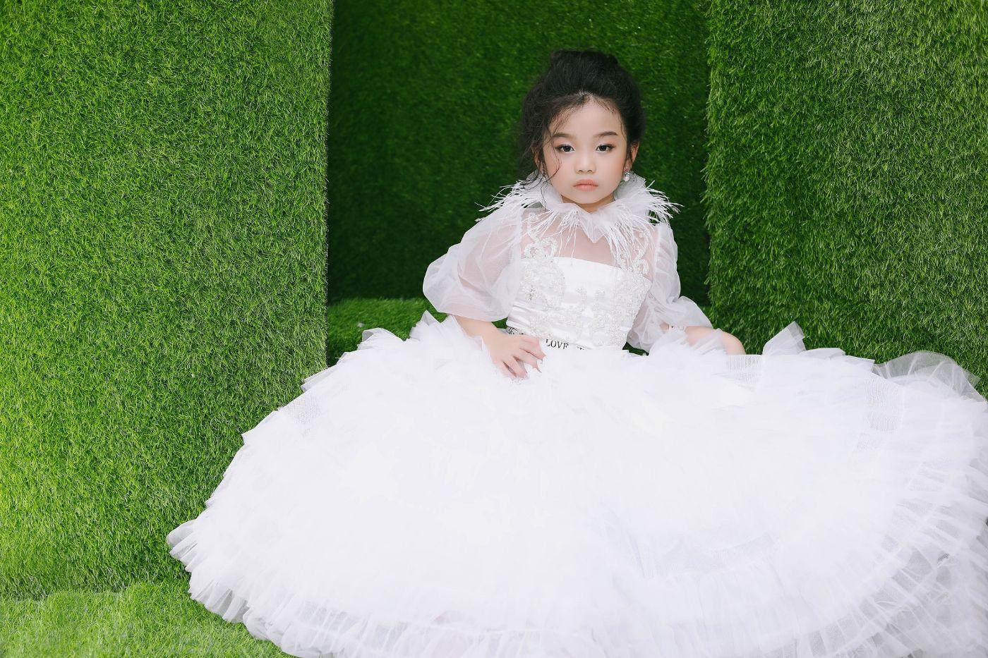 NTK RUBY TRAN MAU NHI QUYNH PHUONG Đêm hội mẫu nhí 2021 – Xúng Xính Show quy tụ 6 nhà thiết kế tài năng