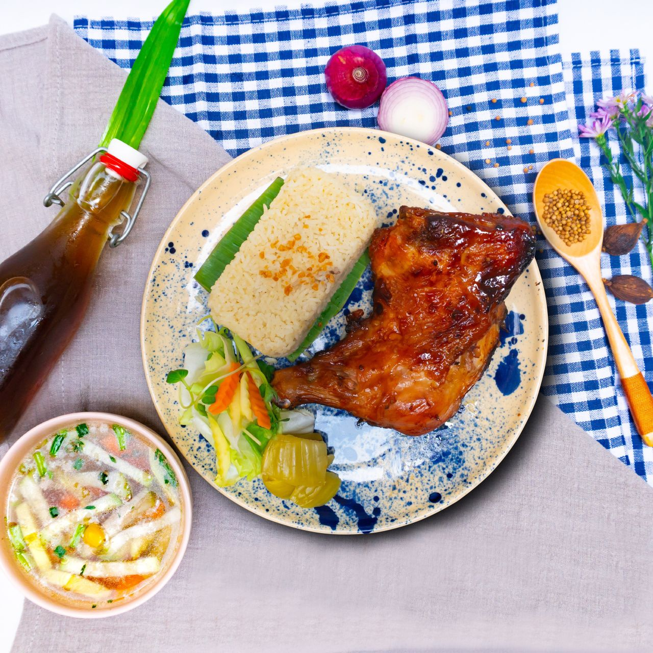 cơm gà quay 1 Saigon Everywhereee – Hương vị từ gian bếp của mẹ