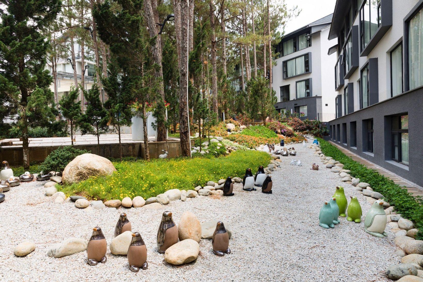 khach san da lat 4 Điểm danh những khách sạn Đà Lạt dành cho các tín đồ mê cảnh sắc nước non