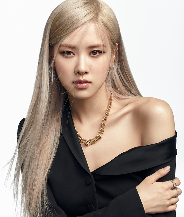 Rosé trở thành đại sứ toàn cầu thương hiệu Tiffany &Co