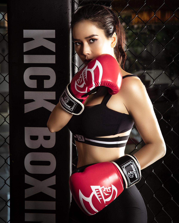 Bella Mai14 Trở lại với boxing, Bella Mai khoe cơ bụng số 11 săn chắc, quyến rũ