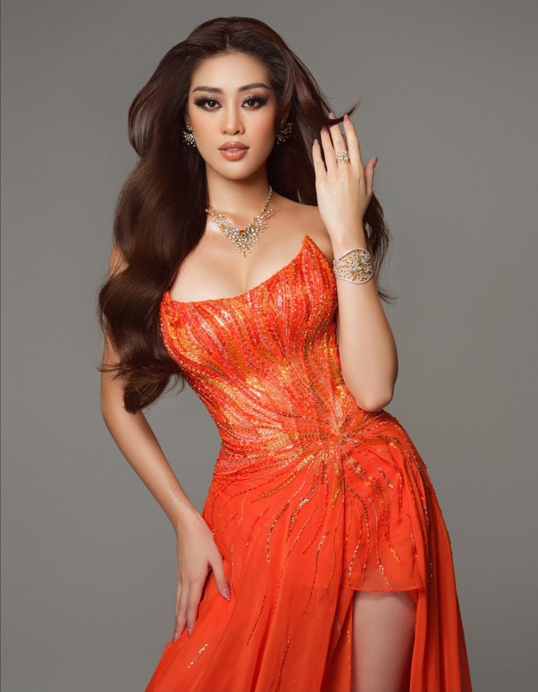 Screenshot 20210515 152637 Hoa hậu Khánh Vân diện trang phục dạ hội lấy cảm hứng từ hừng đông tại bán kết Miss Universe