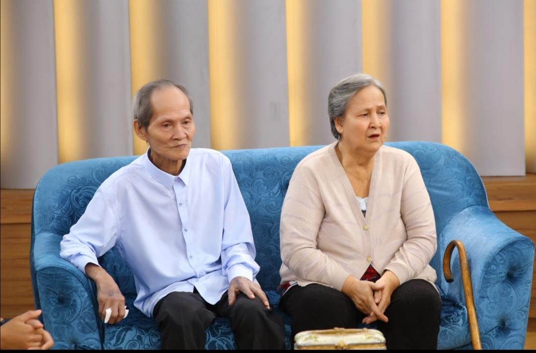 Screenshot 20210528 220839 MC Ốc Thanh Vân cảm phục cuộc hôn nhân dài nửa thế kỉ của cặp đôi yêu nhau từ cái nhìn đầu tiên