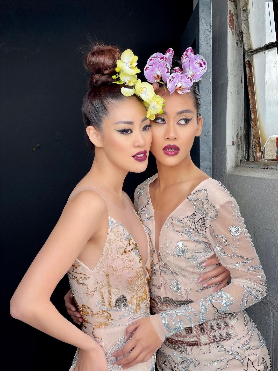 Screenshot 20210530 135242 Hậu trường bộ ảnh đặc biệt tại Mỹ: Hoa hậu Khánh Vân kết hợp cùng Hoa hậu Malaysia