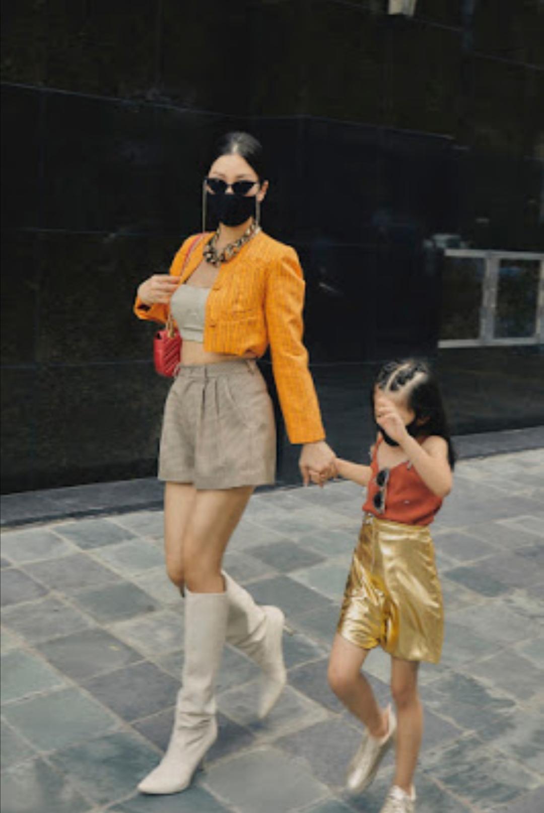 """Screenshot 20210531 094114 Khoe bộ ảnh mới cùng con gái, fan trầm trồ trước nhan sắc của """"hot mom"""" Diễm Trang"""