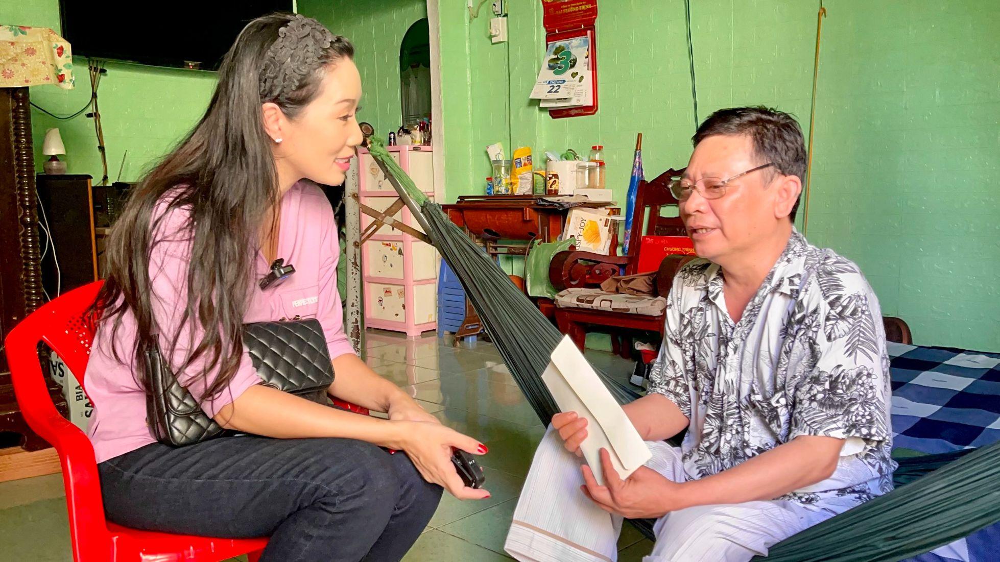 trinh kim chi 4 NSƯT Trịnh Kim Chi chăm lo những nghệ sĩ có hoàn cảnh đặc biệt trong mùa dịch