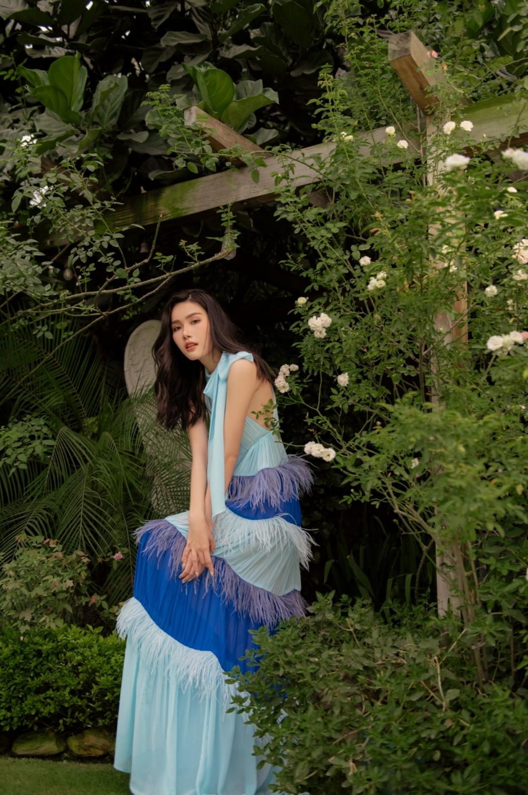 Screenshot 20210614 091553 Á hậu Phương Anh tung bộ ảnh dịu dàng, thanh lịch chuẩn phong thái Miss International mừng tuổi 23