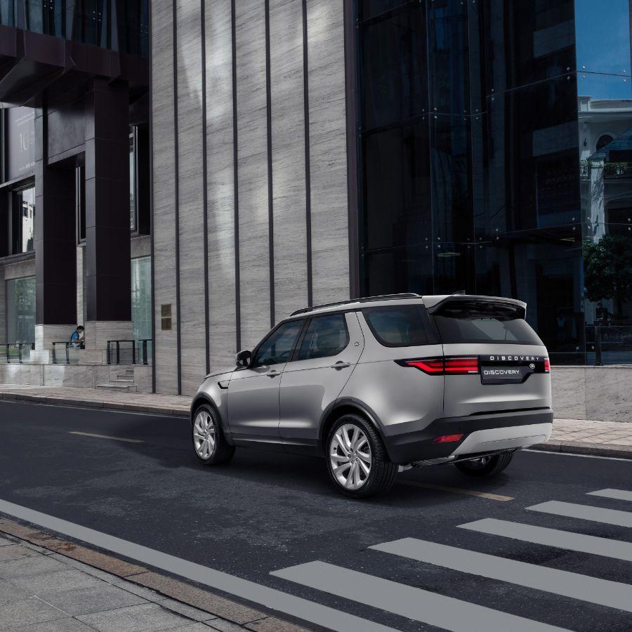 Discovery mới 2 Land Rover Discovery mới: Mẫu xe SUV đa dụng cao cấp dành cho gia đình